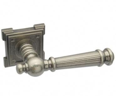 Дверная ручка ADDEN BAU CASTELLO VQ212 состаренное серебро с подсветкой
